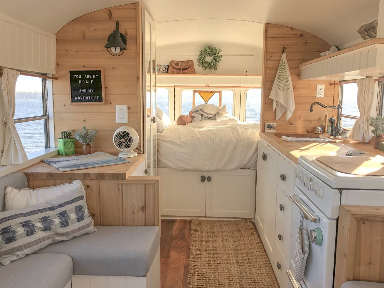 17 Campervan Interior Design Ideas