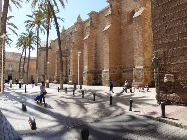 Nr. 4. De kathedraal is ooit gebouwd als een vesting tegen de Moorse aanvallen.