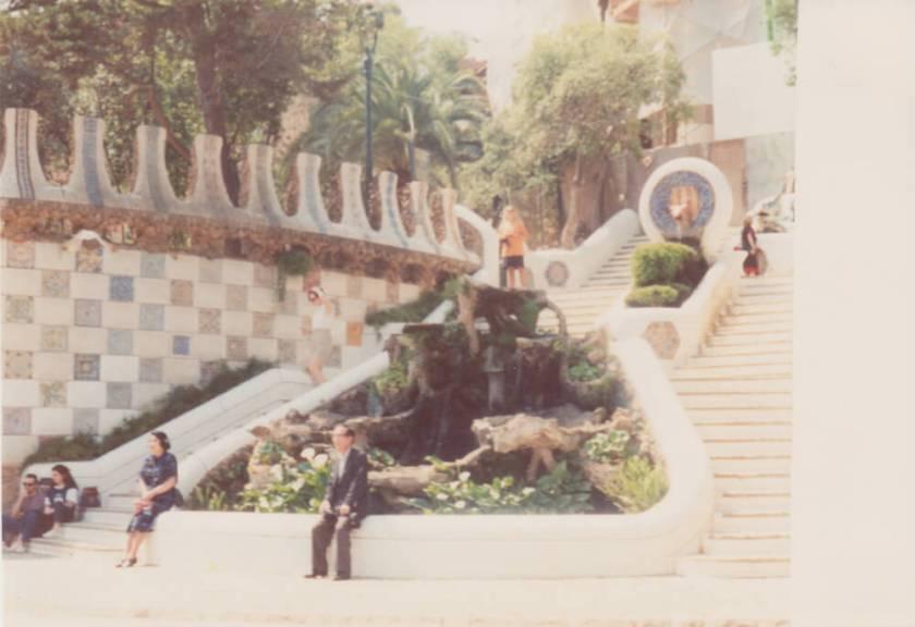 1991. Een vrijwel leeg Parc Güell.
