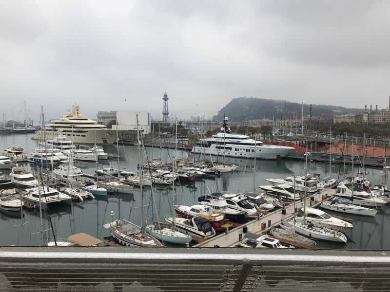 De jachthaven van Barcelona.