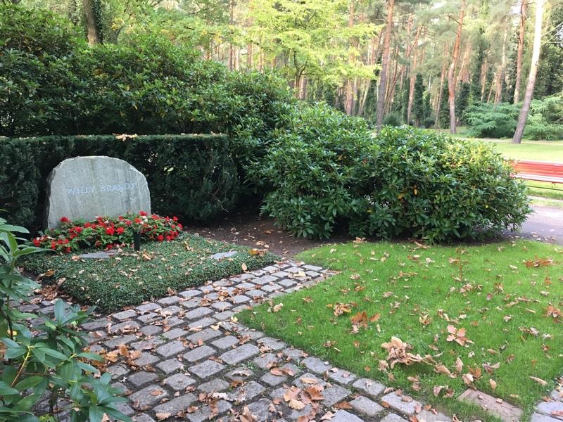 Het graf van de in 1992 gestorven sociaal-democraat Willy Brandt.