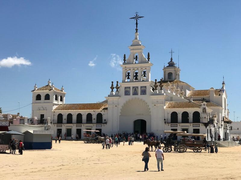 De bedevaartskerk is het hart van El Rocío.
