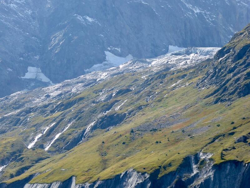 Deze gletsjer verloor heel veel water.