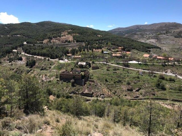 Onze standplaats was voormalige mijndorp Las Menas. Dit berggebied is een extraatje in ons nieuwe digitale boek, omdat je niet elke dag aan het strand kan zijn.