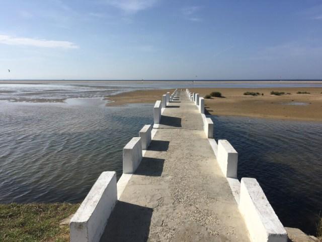 Het strand bij Tarifa, het zuidelijkste punt van onze ontdekkingsreis.