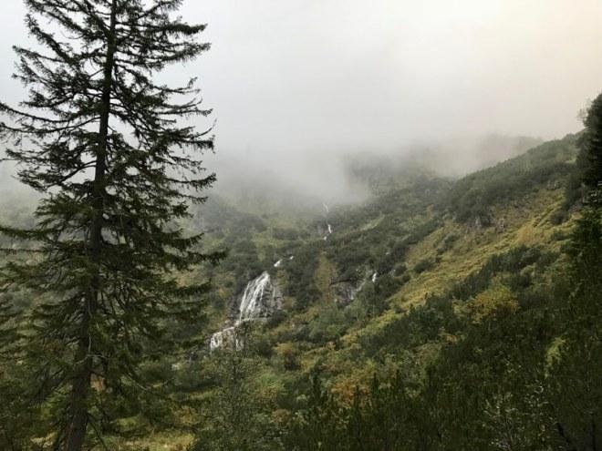 Ondanks alles is de natuur schitterend, maar veel oog hadden we er niet meer voor.