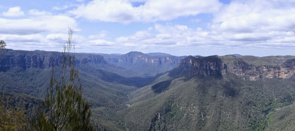Blue Mountains Scenic Pano