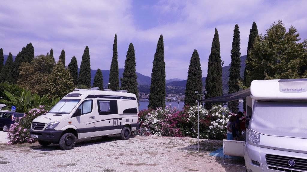 Lakeside Italian Camper Sosta