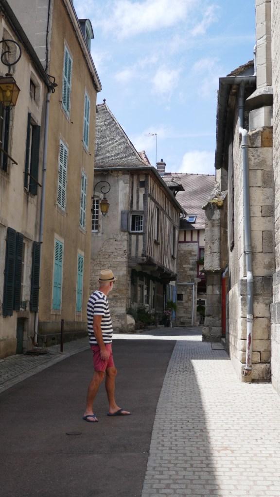 Nolay France