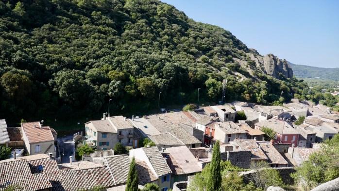 Mées Village