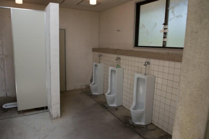 トイレ内観2