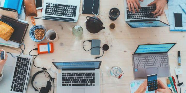Kenali Perbedaan Digital dan Offline Marketing untuk Mengembangkan Bisnis