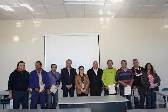 El alcalde de Andújar y los concejales junto a los alumnos participantes.