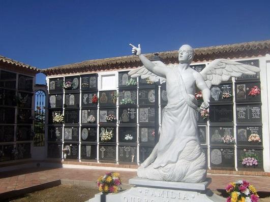 Cementerio Municipal de Lopera.