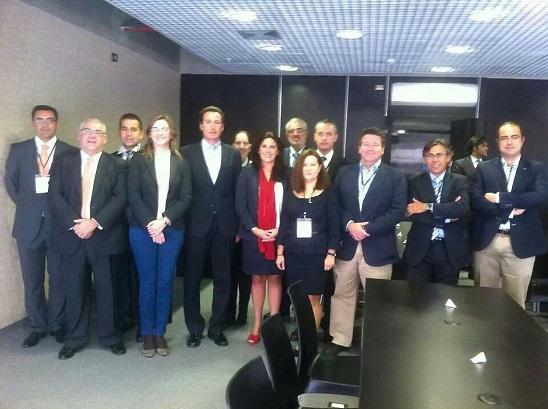 Participantes del encuentro en la sede de la Cámara Española de Comercio de Perú.