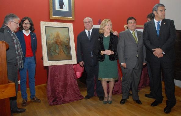 Autoridades ante el Cartel de la Romería de la Virgen de la Cabeza 2014.