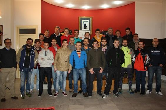 Foto de Familia de representantes de clubes y asociaciones ligadas mountain bike