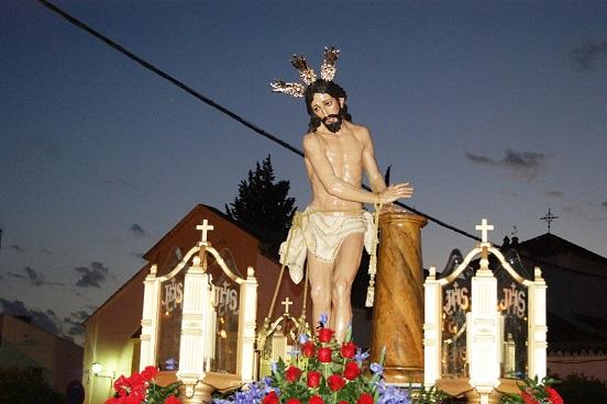 Jesús Amarrado a la Columna brilló en la noche del martes santo en Lopera.
