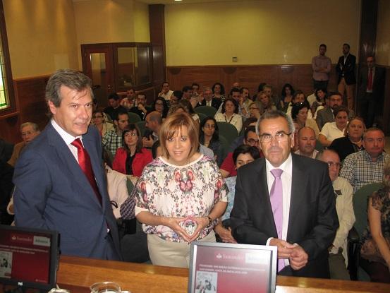 Acto de presentación de las prácticas profesionales de la Junta y Banco de Santander.