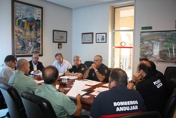 En el Palacio Municipal se reunió la Junta Local de Seguridad para la Feria.