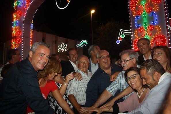 Acto de encendido del alumbrado en la Feria de Andújar.