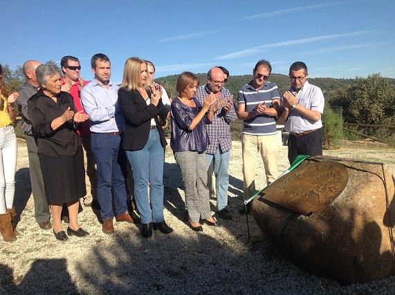 Representantes políticos de Jaén, Andújar y Marmolejo, junto con los del parque, amigos y familiares.