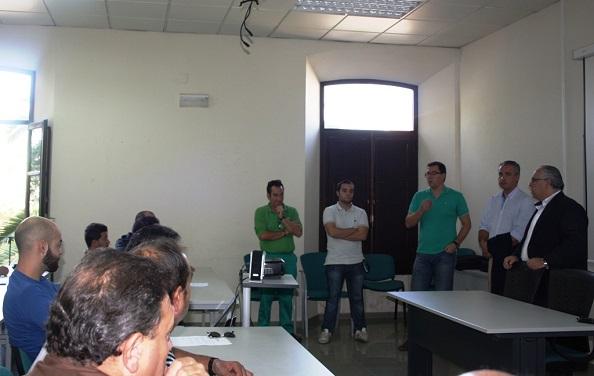 El alcalde de Andújar, Jesús Estrella,  se dirige a los participantes en el curso.