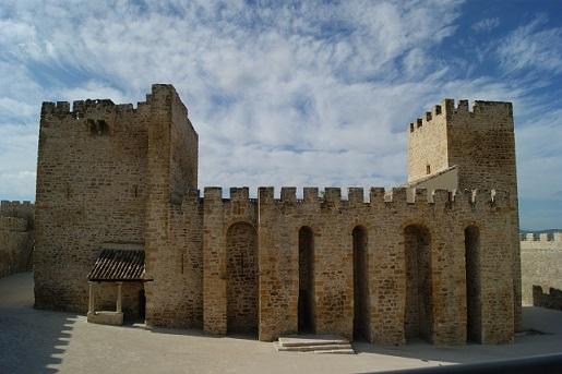 Una imagen del Castillo de Lopera.
