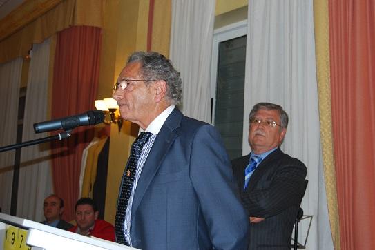 El Ayuntamiento de Villanueva de la Reina ha concedido el título de hijo adoptivo a Manuel Castilla.
