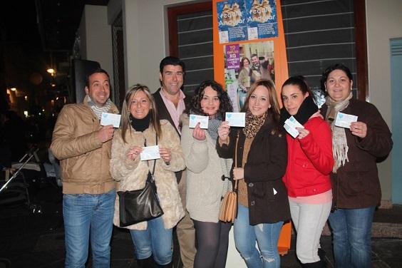 Foto de familia de los premiados con 250 euros.