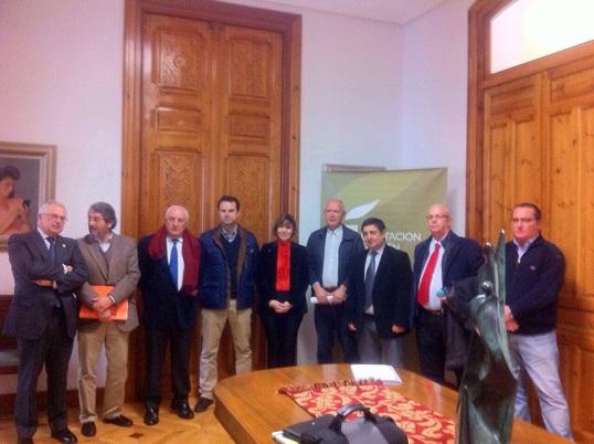 Foto de familia de los reunidos para que el Paisaje del Olivar sea declarado como Patrimonio Mundial.