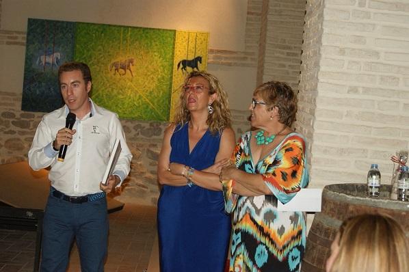Nicolás Aljarilla recoge el primer premio en el Tema Lopera.