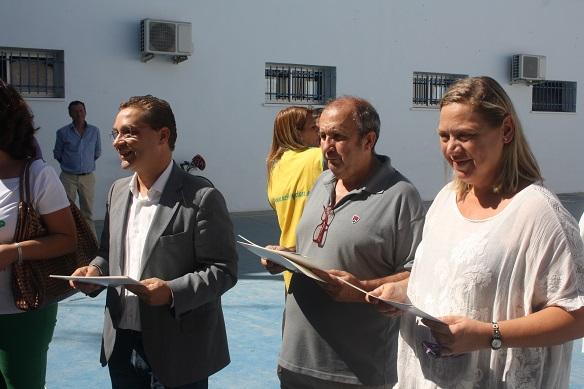 El Alcalde de Andújar, Francisco Huertas, y la concejala de Personal, Igualdad y Bienestar Social, Pepa Jurado, en el acto de clausura.