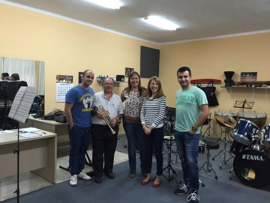 La Concejala de Educación del Ayuntamiento de Andújar, Alma Cámara, visitó los Centros Educativos que prestan enseñanzas musicales en la ciudad.