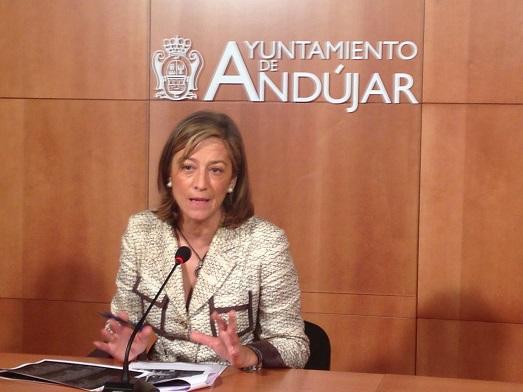 La Concejala de Promoción Local del Ayuntamiento de Andújar, Encarna Camacho.