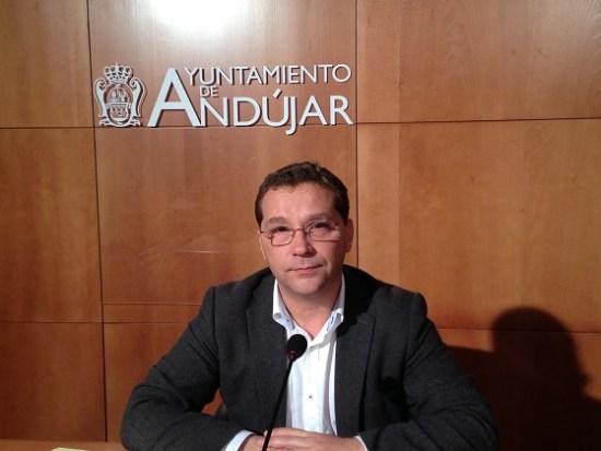 El alcalde de Andújar, Francisco Huertas, en rueda de prensa.
