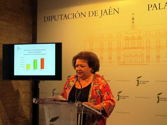La diputada de Economía, Hacienda y Asistencia a Municipios, Pilar Parra.