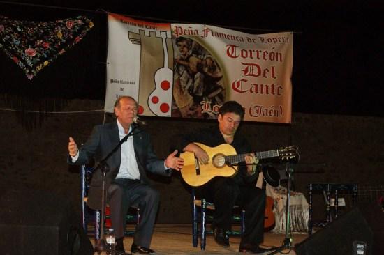 Rafael Ordoñez cantó por soleá y seguidillas que encantaron al exigente público loperano.