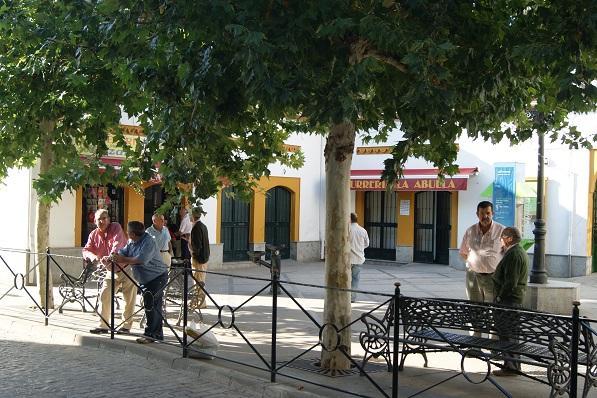 Se acometerán acciones de exhumación e identificación en Marmolejo. En la imagen una calle de Marmolejo.