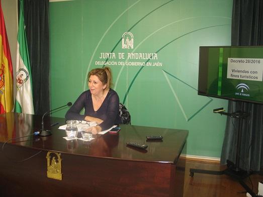 La delegada territorial de Cultura, Turismo y Deporte, Pilar Salazar.