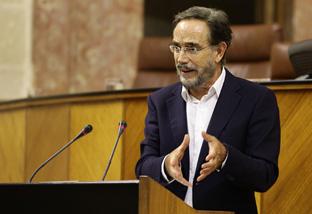 El consejero de Fomento y Vivienda, Felipe López. Foto: Junta de Andalucía.