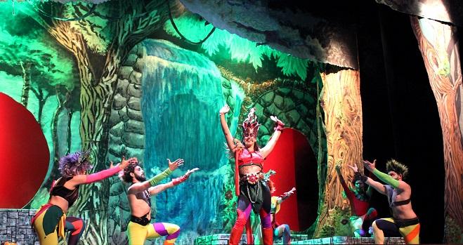 Representación teatral de la compañía Esphera Teatro, de Andújar.