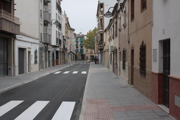 Nuevo aspecto que presenta la calle Lope de Vega de Andújar.