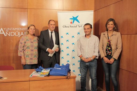 El alcalde de Andújar, Paco Huertas, junto a Sebastián Figueras, Josefa Jurado y Encarna Camacho.