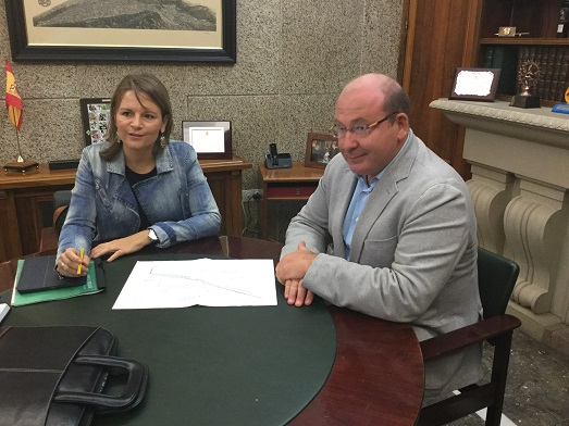 La delegada del Gobierno, Ana Cobo, ha mantenido una reunión con el alcalde de Jaén, Javier Márquez.