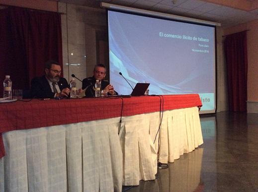 Juan Lillo presidió la inauguración de la jornada de formación 'El comercio ilícito de productos del tabaco'.