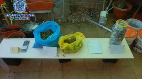 Material incautado a los detenidos. Foto: Policía Nacional.
