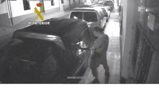 Imagen del detenido en Marmolejo por el robo de vehículos, hace apenas tres semanas. Foto: Guardia Civil.