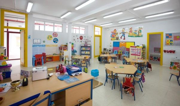 mobiliario en los colegios