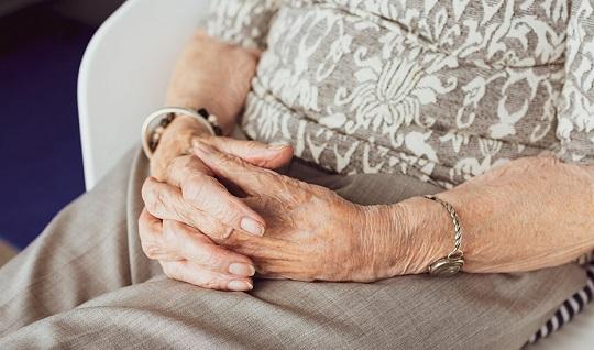 El 85% de las residencias de mayores de Andalucía está ya libre de coronavirus.